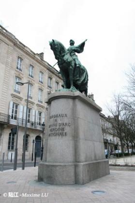 Jeanne d'Arc 波尔多市区的英法百年战争英雄-圣女贞德像