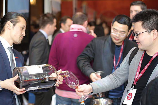 134952_jd-interview-decanter-2015-shanghai-fine-wine-encounter